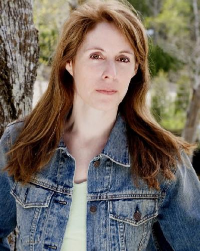 Laurie Halse Anderson Visits Rakestraw Books | Rakestraw Books
